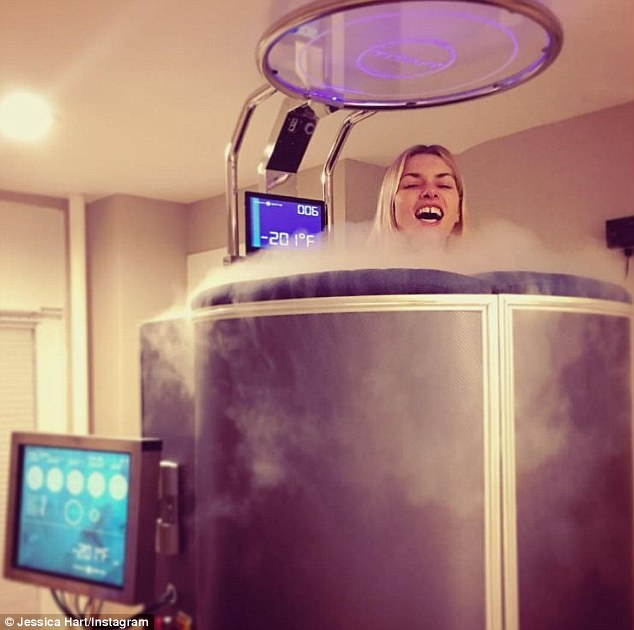 Jessica Hart Cryotherapy