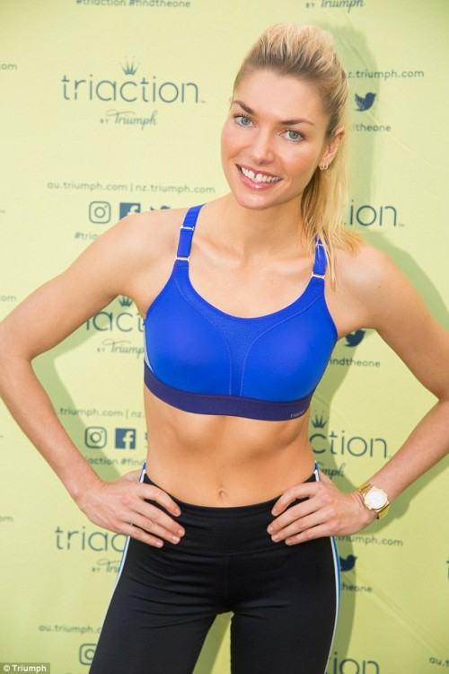Jessica Hart athletic wear